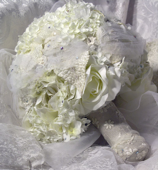 Classic Creme Bouquet by Eileen Williams